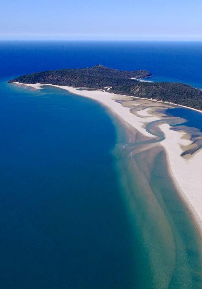 Rainbow Beach 4wd Tours to the Honey Moon Bay